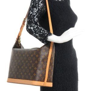 LOUIS VUITTON Sharon Stone Amfar Three shoulderbag